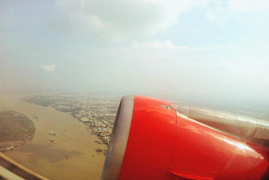 летим над рекой меконг