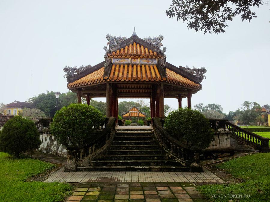 хюэ, императорская столица вьетнама